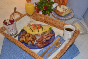 Hot Breakfast Basket